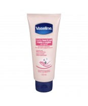 Vaseline Total Moisture Healthy Hand & Nail Conditioning Lotion